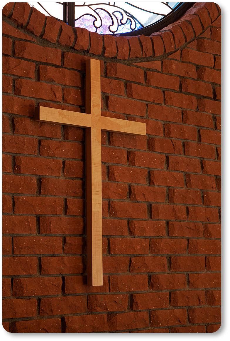 キリストの姿が浮かび上がる十字架