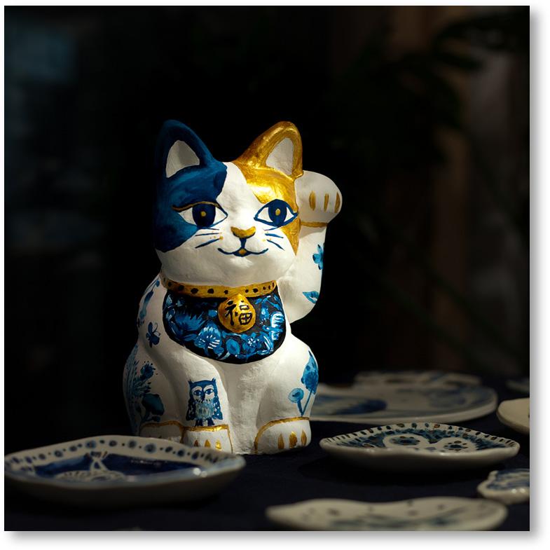 中川彩香 招き猫