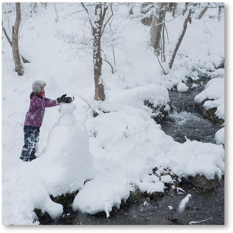 """""""雪だるまを制作"""""""