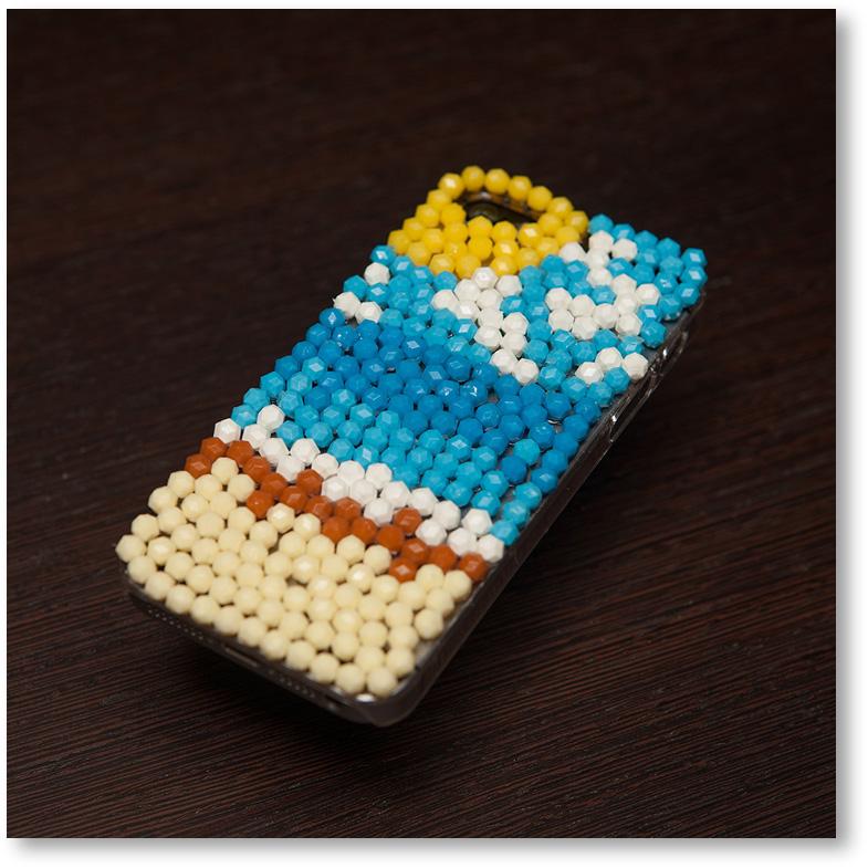 アクアビーズの携帯電話カバー