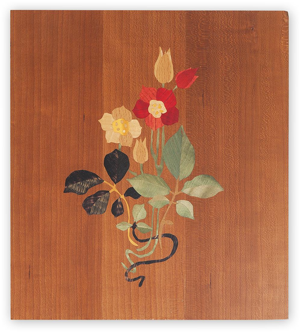 染色した木を用いて草花を表現する木象嵌