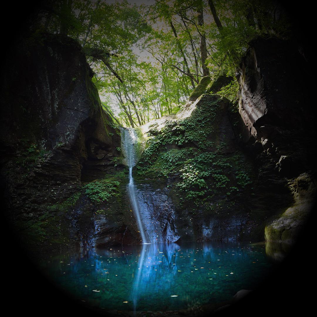 幻の滝 おしらじの滝