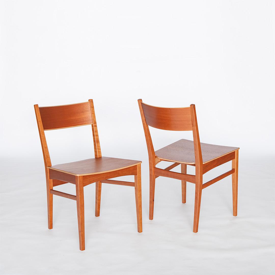 チェリーの椅子