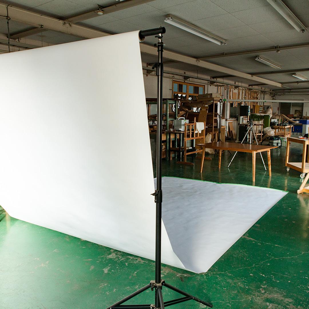 工房内の撮影スタジオ