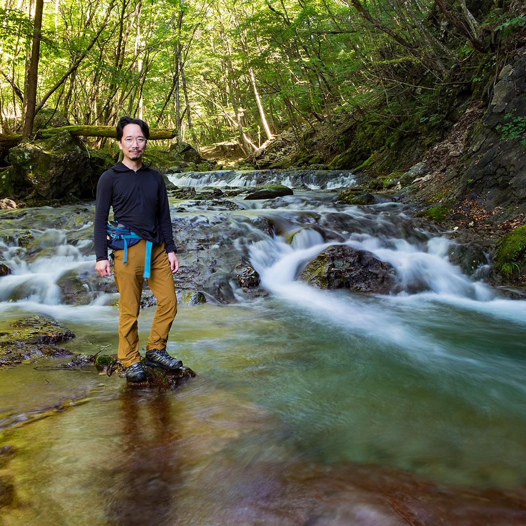 渓流を二秒のスローシャッターで撮影